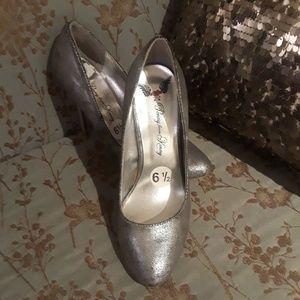 Penny Loves Kenny Silver Heels